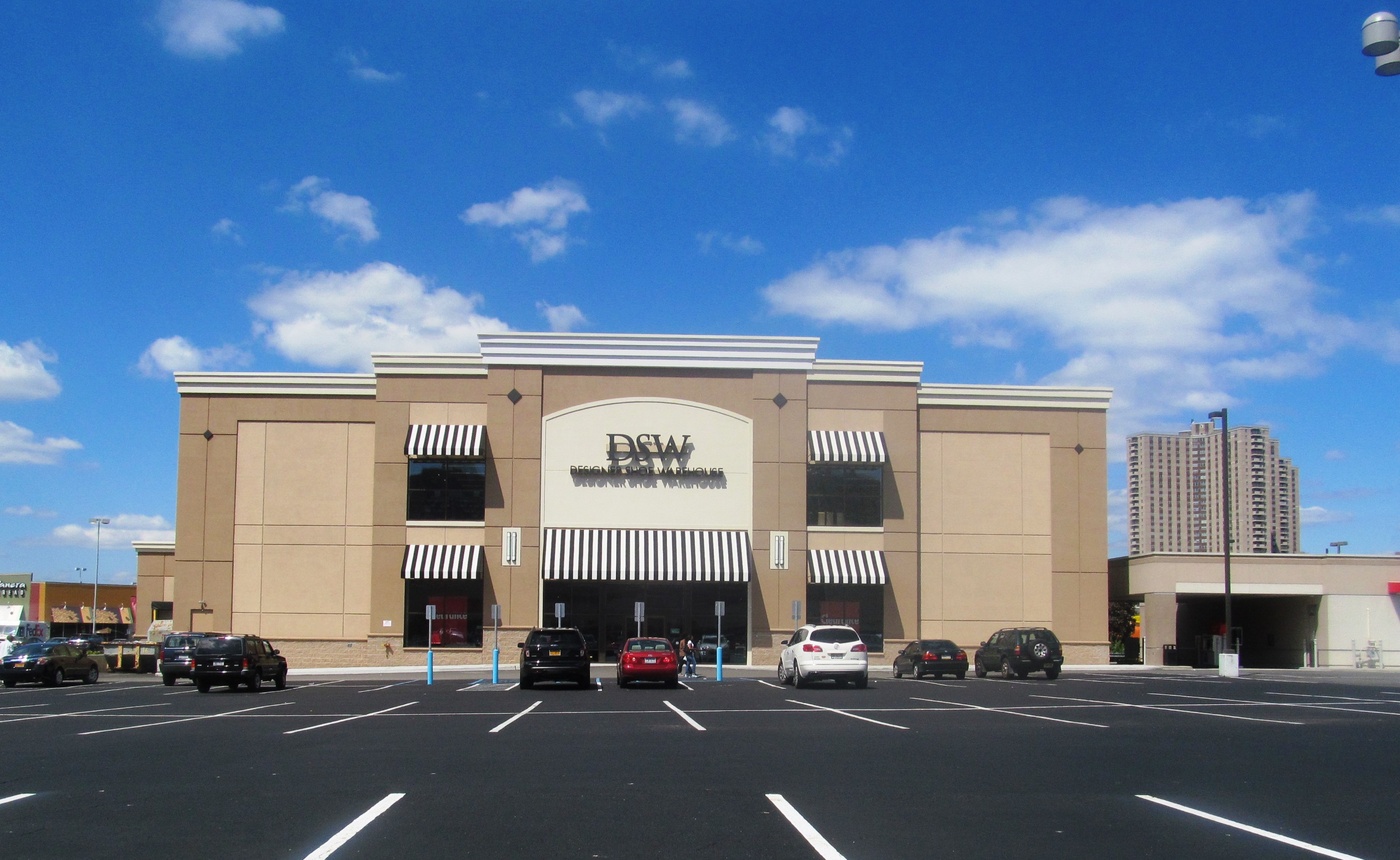 Dsw Shoes Bronx Ny Reuther Bowen